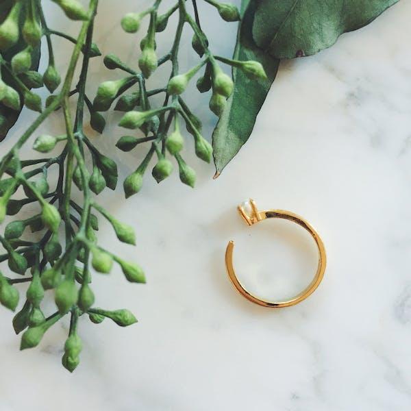Cassie Ring - open adjustable size ring with a minimalist pearl prong setting - Maison Miru Jewelry @maisonmiru