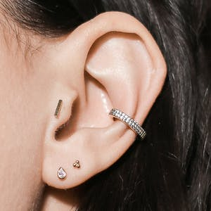 Little Bar Push Pin Flat Back Earring on model