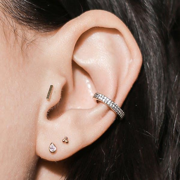 Little Bar Push Pin Flat Back Earring on model