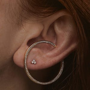 Crystal Trinity Threaded Flat Back Earring in 14k Gold on model